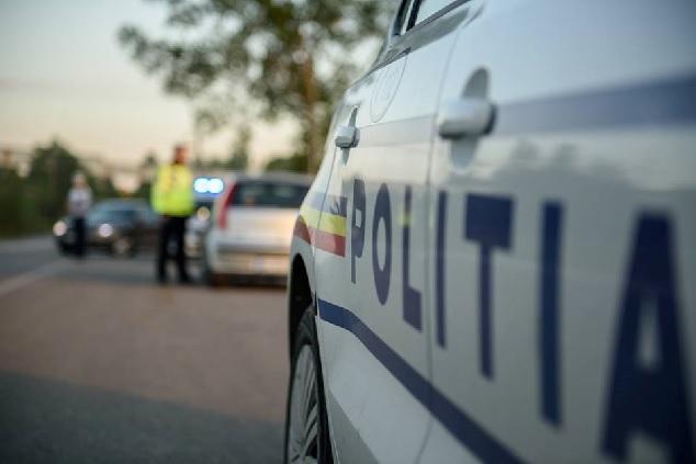 Polițiștii din cadrul IPJ Vâlcea continuă acțiunile de verificare în contextul stării de alertă