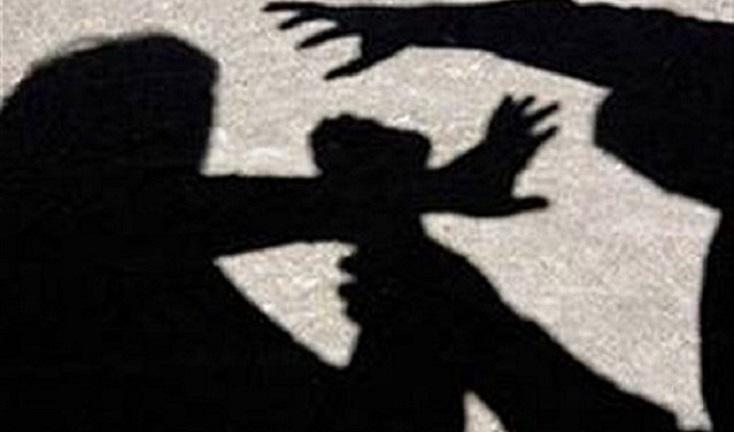 Un tânăr din Popești acuză patru persoane pentru că ar fi fost sechestrat și agresat