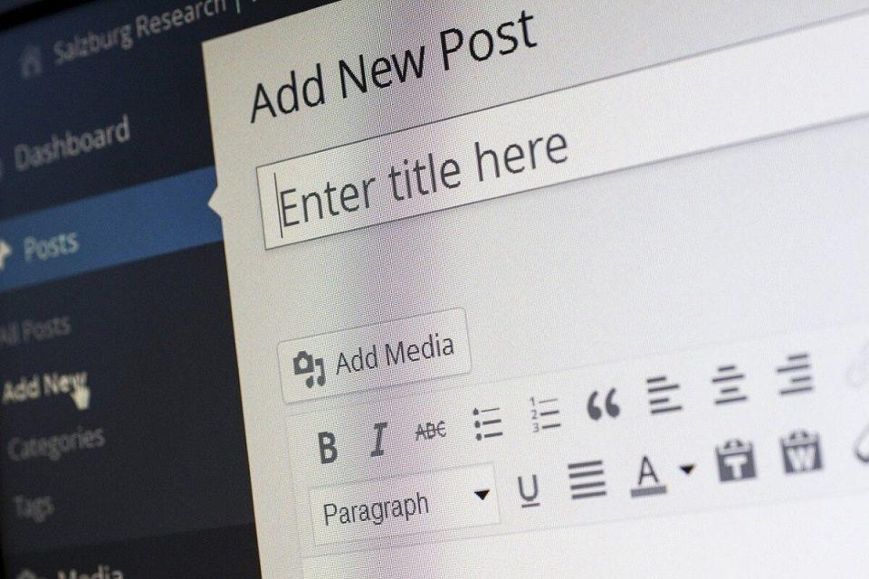 Studioul Kendra - cât costă să creezi un blog sau un vlog, cât de ușor se fac bani