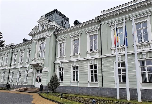 UAT Râmnicu Vâlcea anunță finalizarea unui important proiect de reabilitare termică