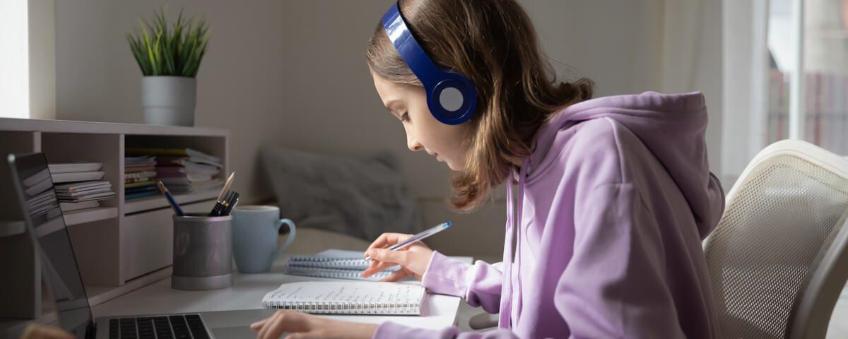 Copiii nu scapa de scoala online Iata cum trebuie sa amenajezi spatiul de lucru celor mici led-zone