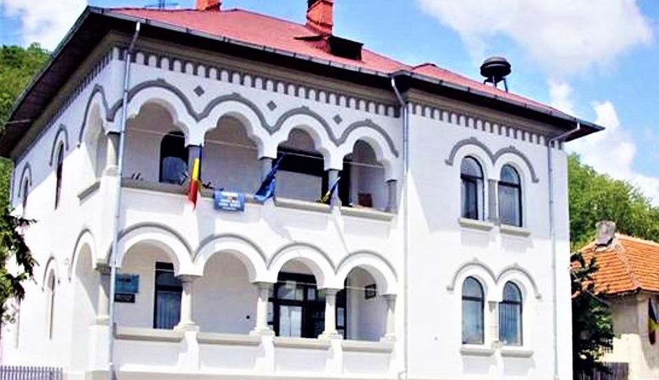 Primăria Bujoreni: ANUNŢ privind colectarea taxelor şi impozitelor locale