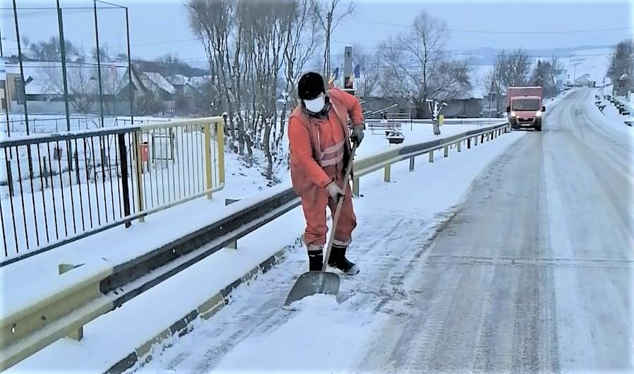 """Sindicatul Drumarilor """"Elie Radu"""": Majorarea fondurilor pentru întreținerea drumurilor naționale este obligatorie"""