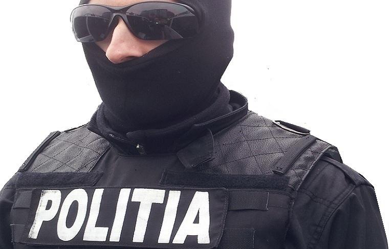 Percheziții în Râmnicu Vâlcea, Drăgășani și Craiova, într-un dosar de trafic de minori, proxenetism și trafic de droguri