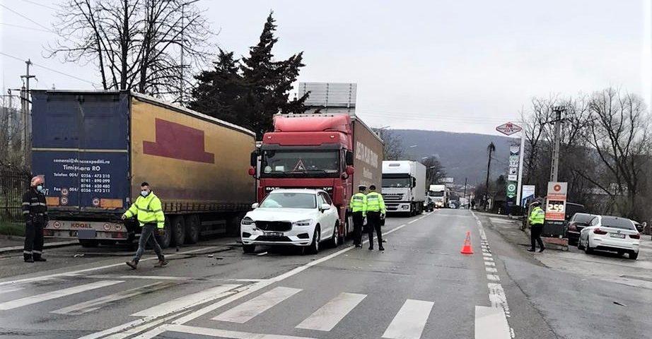 Accident rutier pe strada Barajului din Ramnicu Valcea